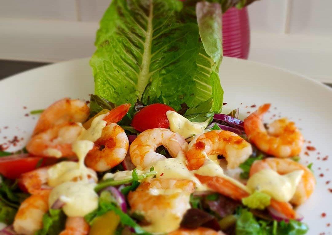 Karides salatası: basit ve lezzetli